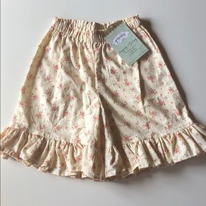 Persnickety | Cream Floral Mae Shorts | 6